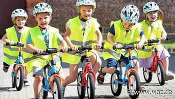 Radfahren lernen: Elf Kitas in Witten bekommen Laufräder - Westdeutsche Allgemeine Zeitung