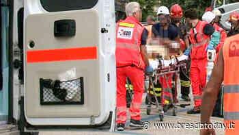 Travolto da un camion in azienda, operaio portato all'ospedale Civile - BresciaToday