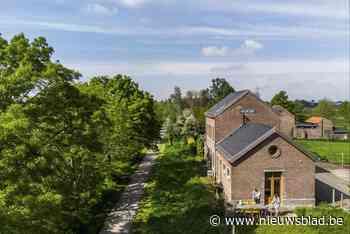 Een zomerbarretje in oud station Oplinter (Tienen) - Het Nieuwsblad