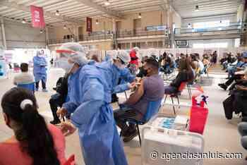 Este viernes fueron citadas 2.000 personas para vacunarse en Villa Mercedes - Agencia de Noticias San Luis