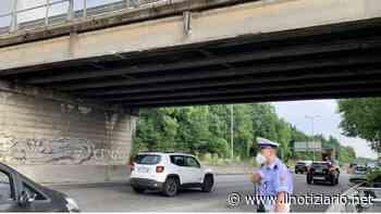 Milano-Meda, si staccano calcinacci da un ponte a Paderno Dugnano: verifiche in corso - Il Notiziario