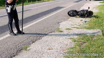 Schianto auto-moto, ragazzo 'vola' sull'asfalto: in ospedale con diverse fratture - BresciaToday