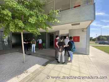 El alumnado de la Escuela Virgen de Guadalupe de Badajoz aprende programación de la mano del centro Fiware Space - Directo Extremadura