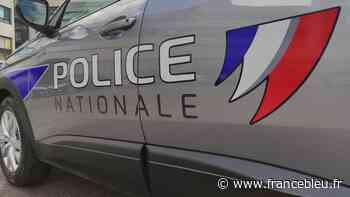 Roanne : trois hommes équipés d'armes de poing et de machette braquent un couple de septuagénaires - France Bleu