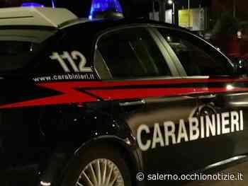Angri, torna a casa con l'auto ma l'ingresso è sbarrato dai tavolini del locale: aggredito dal commerciante - L'Occhio di Salerno