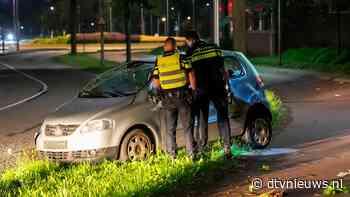 Automobiliste ramt boom en vliegt over de kop in Oss - Dtv Nieuws
