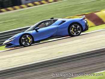 Ferrari SF90 Stradale Assetto Fiorano, abbiamo guidato la hypercar ibrida plug-in da 1000 cavalli - Il Sole 24 ORE