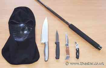 Mask and terrifying arsenal of weapons recovered from car in Sheffield - The Star
