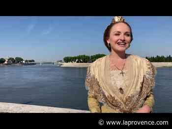 Arles : un fichu dessiné par Christian Lacroix pour Naïs Lesbros, la 23e Reine - La Provence