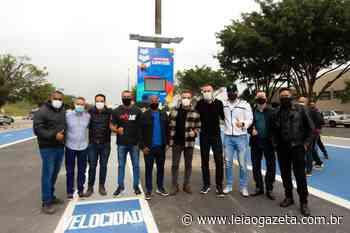 Itaquaquecetuba é a 1ª cidade no estado a ter medidor de velocidade de pedestres em área pública - Leia o Gazeta
