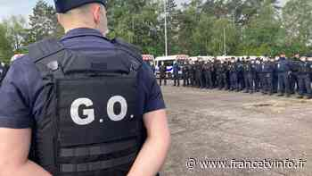 Seine-Maritime : à l'école de police de Oissel, les élèves deviennent manifestants face aux CRS, le temps d'un - Franceinfo