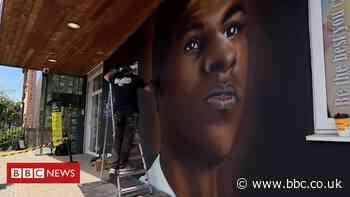 Marcus Rashford: Footballer honoured by mural at primary school