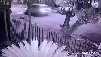 Video: un policía mató a dos ladrones en Berazategui. - Clarín.com