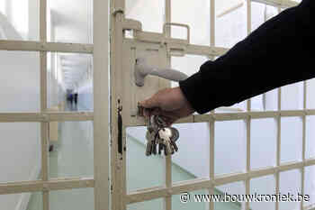 Vier kandidaat-bouwers voor gevangenis Leopoldsburg - Bouwkroniek