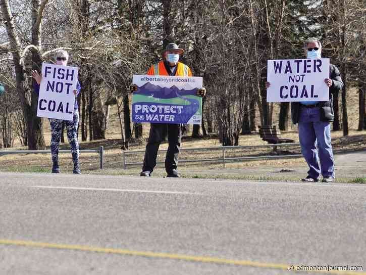 Opinion: Hydrogen, tourism offer cleaner alternatives to coal-mining in Alberta