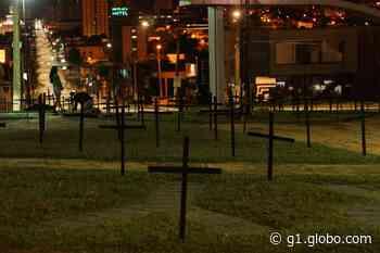 Advogado fala sobre intervenção que fez com 308 cruzes em Assis: 'A banalização da morte me incomoda' - G1