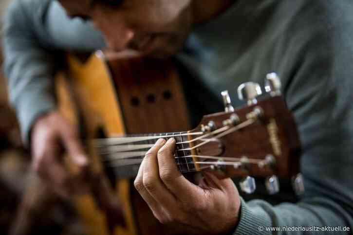 Gitarren-Probeunterricht in Peitz und Burg. Anmeldungen möglich
