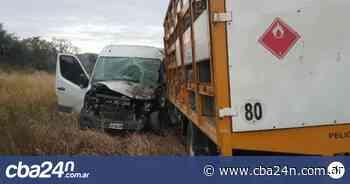 Accidente fatal en las Altas Cumbres: chocaron de frente contra un camión de garrafas - Cba24n