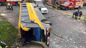 Tres fallecidos en accidente de bus en San Bartolo, sur de Quito - El Comercio - El Comercio (Ecuador)