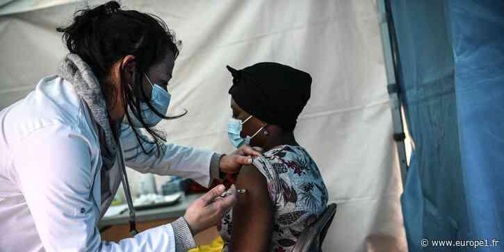 Covid-19 : en Seine Saint-Denis, un village vaccinal dans un centre commercial - Europe 1