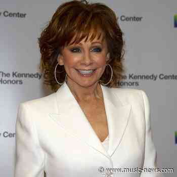Reba McEntire won't be part of Republican Governor's weekend barbecue