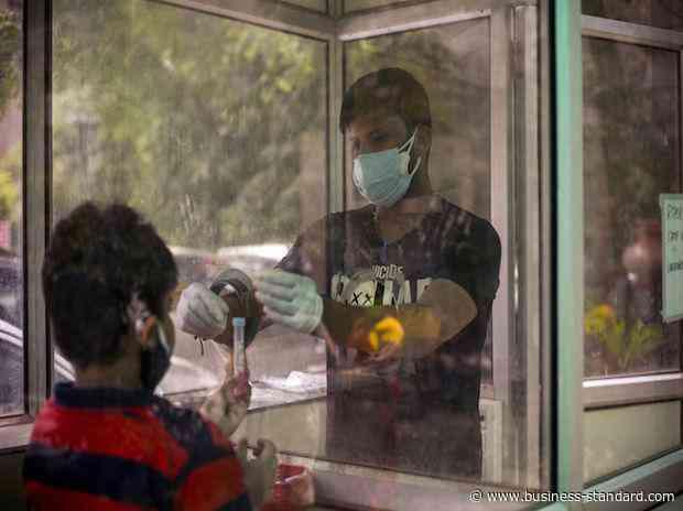 Coronavirus LIVE: Karnataka releases unlock plan; 733 new cases in Mumbai - Business Standard