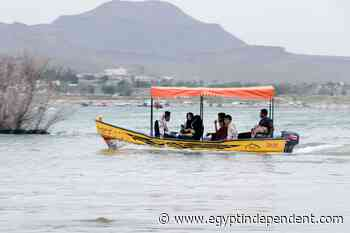 Yemenis find rare leisure time at Sanaa lake - Egypt Independent