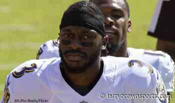 Report: Robert Griffin III drawing interest from at least two TV networks - Larry Brown Sports