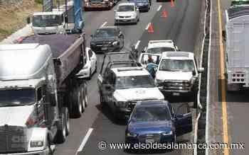 [Video] Trailer choca contra camioneta en la Irapuato-Silao - El Sol de Salamanca