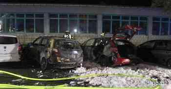 Bonn-Holzlar Brand von mehreren Autos auf Parkplatz - hoher Sachschaden - General-Anzeiger Bonn