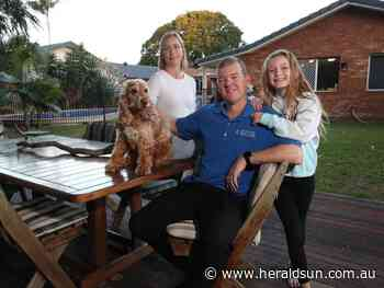 Family splashes in to Coast's top-performing house market - Herald Sun