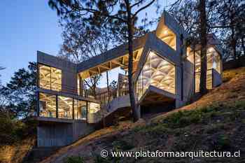 Santuario del Gusano de Seda / LAMZ Arquitectura - Plataforma Arquitectura