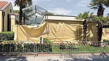 Scoppio nei bagni del camping a Cavallino: pavimento divelto ma nessun ferito - La Nuova Venezia