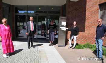 Sparkasse unterstützt Buchprojekt der Gemeinde Alpen - Lokalklick.eu - Online-Zeitung Rhein-Ruhr