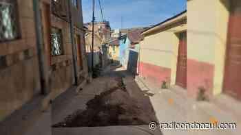 Juli: Vecinos del jirón Huancollo denuncian que obra de pavimentado fue abandonada - Radio Onda Azul