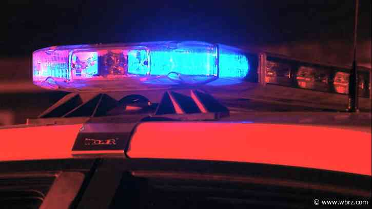 Teen killed after being found near interstate following shooting, crash overnight