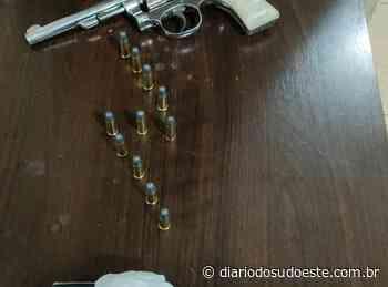 Polícia prende suspeitos com droga e arma em Pato Branco - Diário do Sudoeste