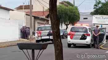 Assaltantes invadem casa em Araras e mantêm vítimas reféns - G1