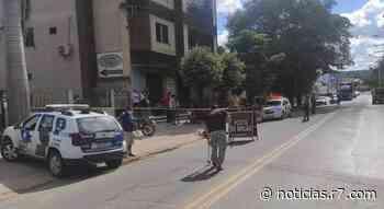 Motociclista morre após bater na lateral de carro em Colatina - HORA 7