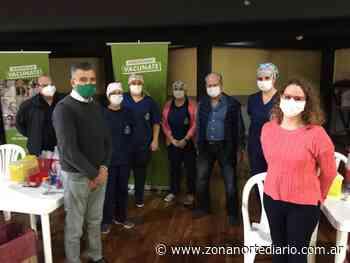 Zabaleta recorrió uno de los vacunatorios de Hurlingham junto al secretario General de UPCN Andrés Rodríguez - Zona Norte Diario Online