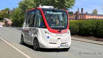 Selbstfahrende Busse starten in Rehau erstmals mit Fahrgästen - BR24