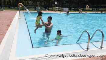 Ganas de piscina el primer día de su apertura en Zaragoza - El Periódico de Aragón