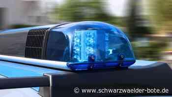 A 81 bei Deißlingen - Lastwagenteile liegen auf der Autobahn - Schwarzwälder Bote