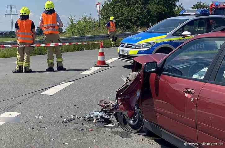 Tragischer Unfall Neustadt an der Aisch: Biker (52) tödlich verletzt - Autofahrer übersieht ihn - inFranken.de