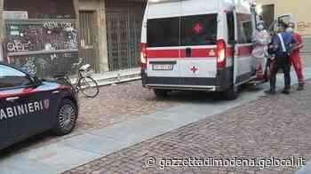 Carpi, preso a bottigliate da una baby gang davanti al Supercinema - La Gazzetta di Modena