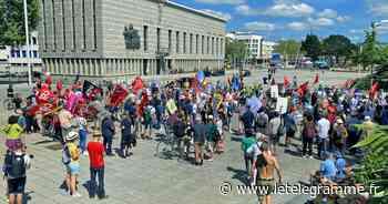 Plus de 500 manifestants contre l'extrême-droite - Le Télégramme