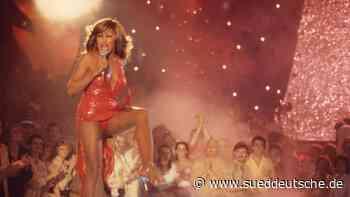 Doku über Tina Turner: Der Fluch des Traumas - Süddeutsche Zeitung