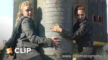Black Widow: Scarlett Johansson e Florence Pugh sono in fuga in una nuova clip del film! - Cinematographe.it - FilmIsNow