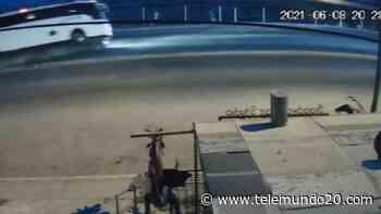 En video: volcadura de autobús en Rosarito - Telemundo San Diego