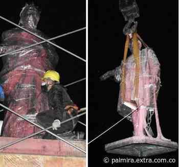 [FOTOS] Retiran esculturas Isabel la Católica y Cristóbal Colón de Bogotá - Extra Palmira